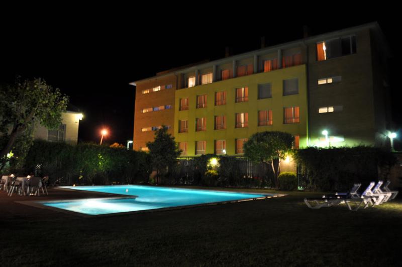 Piscina Hotel Solé Nit